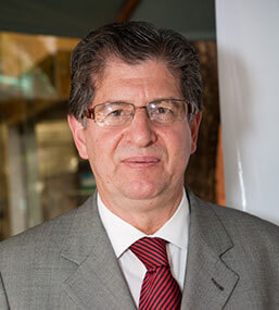 Dr. Nilson Roberto de Melo